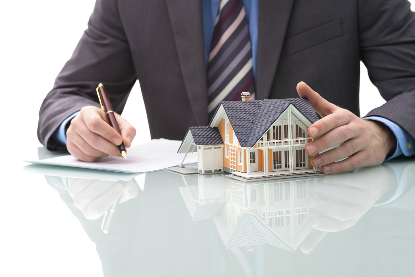 All You Need to Know About Selling a Home Through a Real Estate Investor